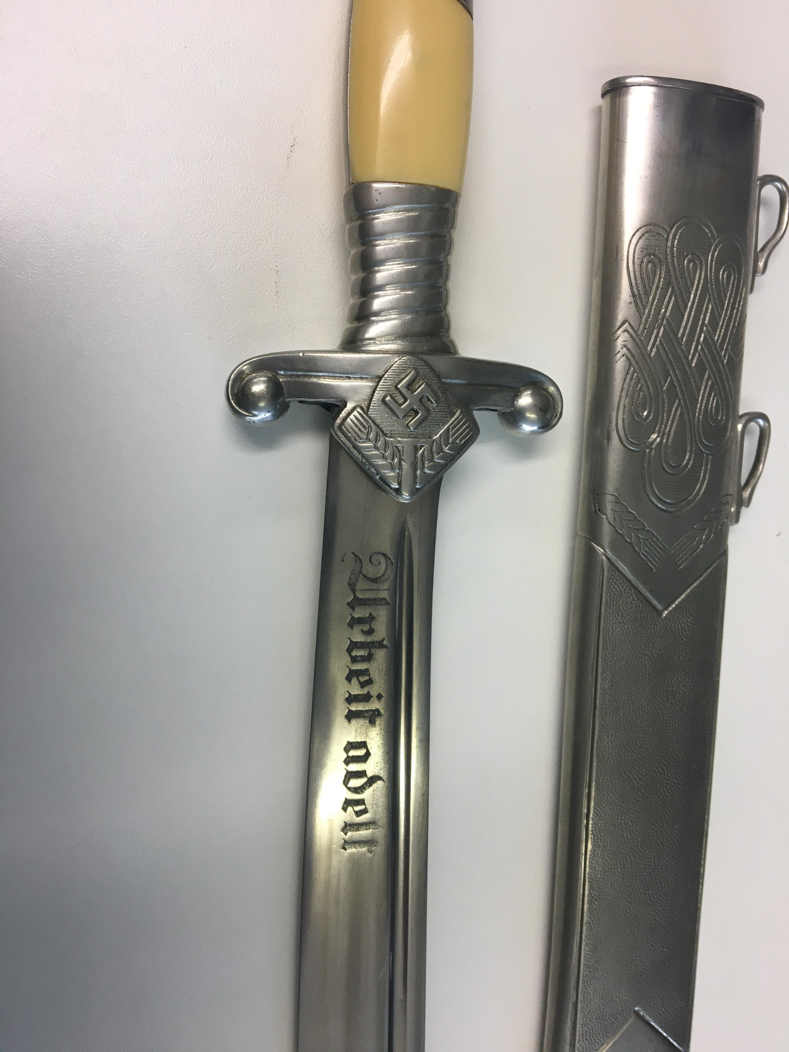 WWII German RAD Leaders Hewer and sheath, blade by Eickhorn. - Image 4 of 8