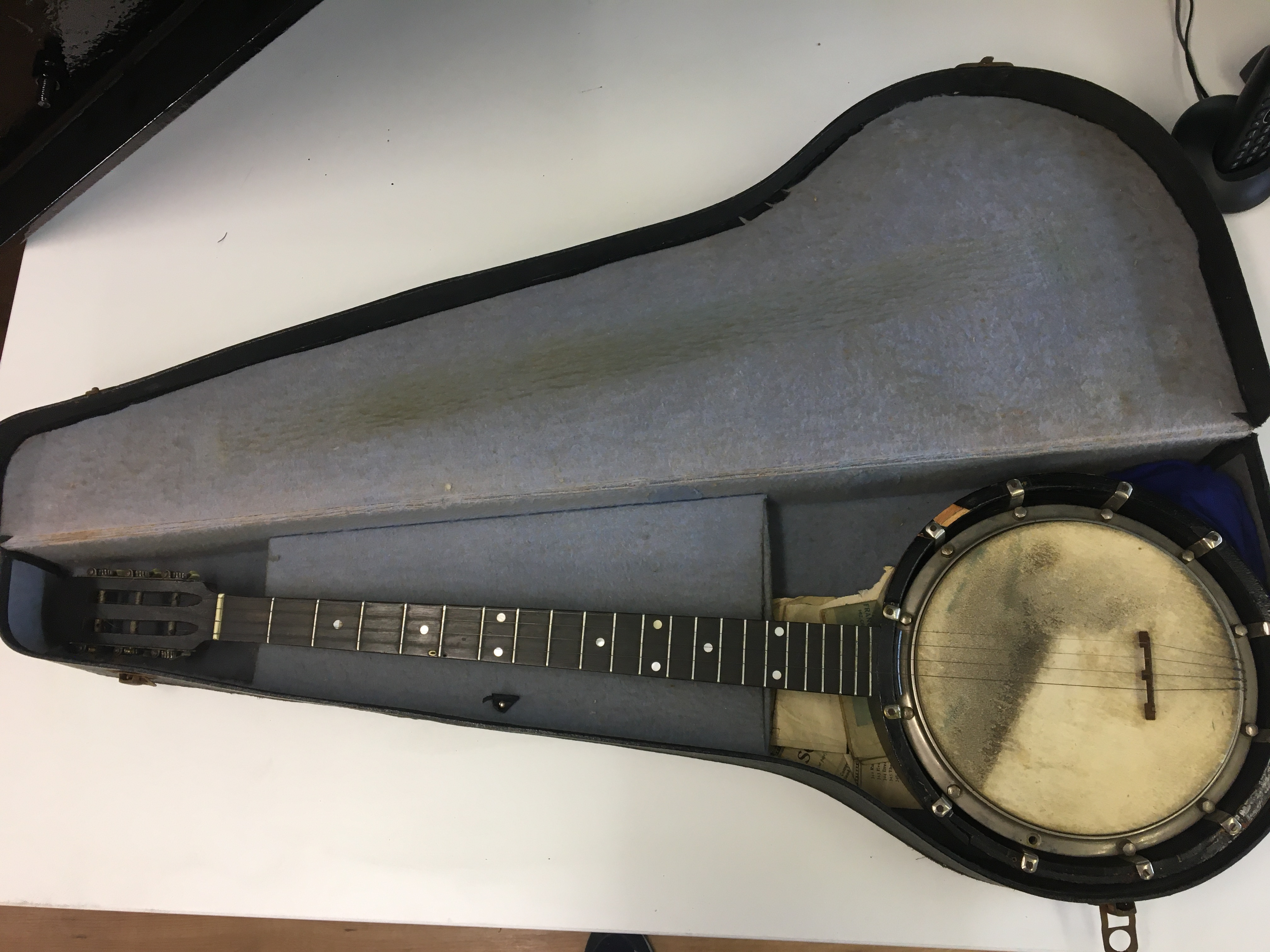 """""""The New Windsor"""" boxed Banjo zither, a/f."""