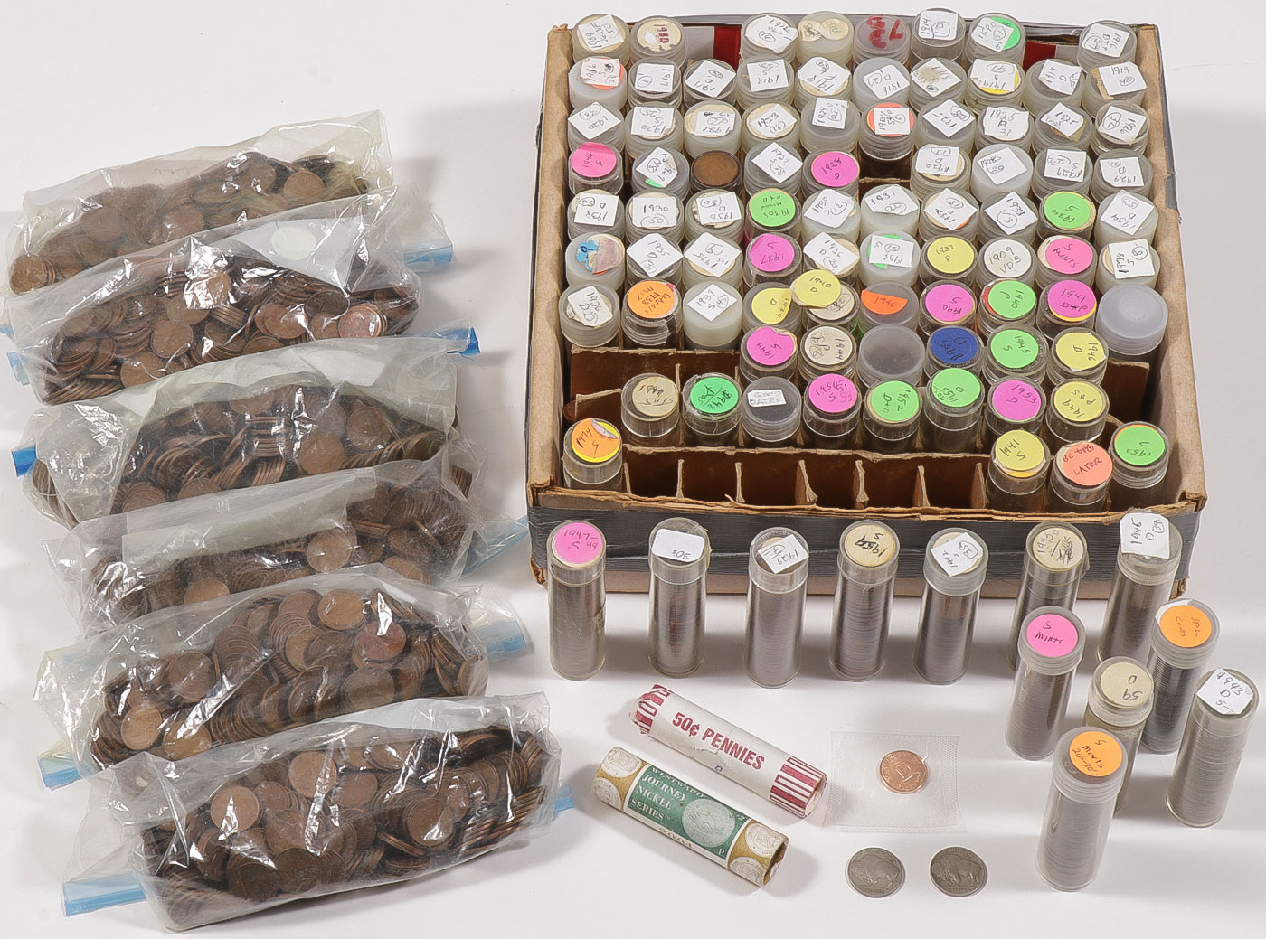 Lot 477 - A LOT OF OVER 4400 LINCOLN WHEAT CENTS