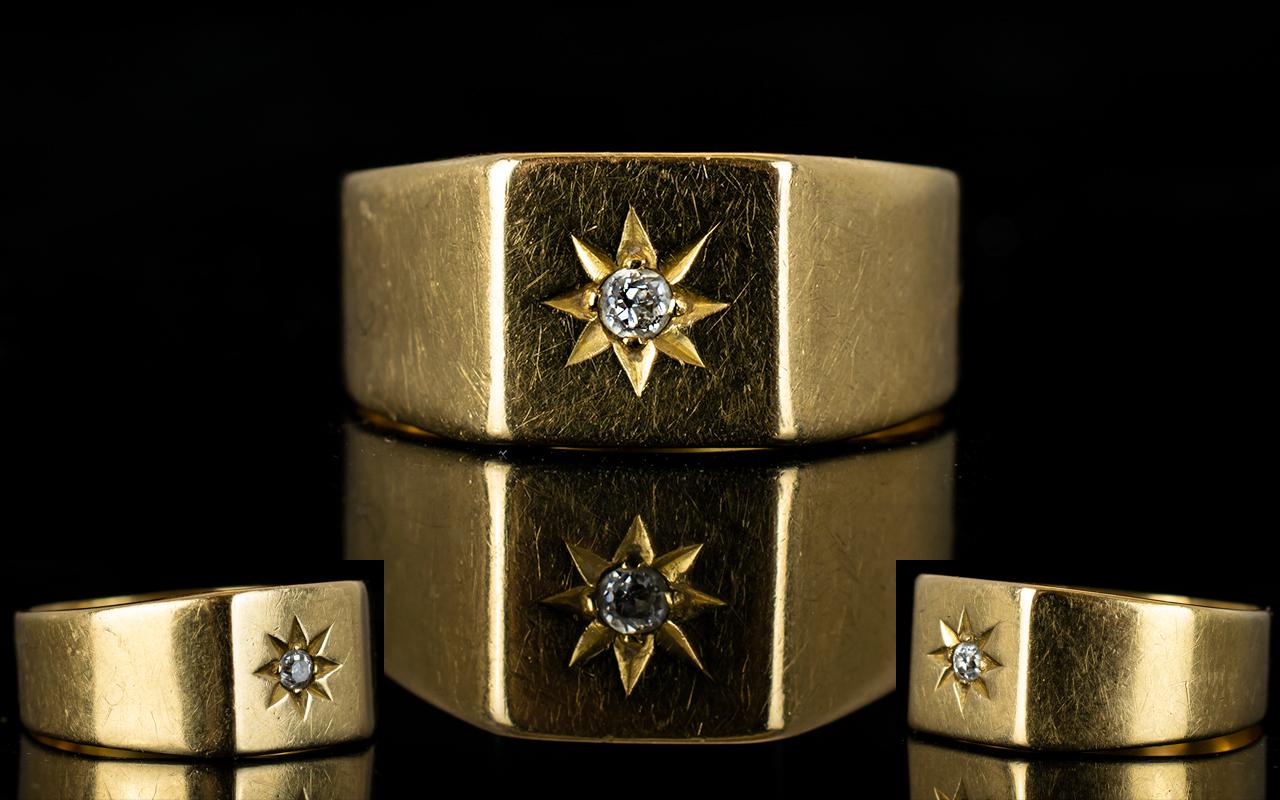 Lot 28 - 18ct Gold - Gents Single Stone Diamond D