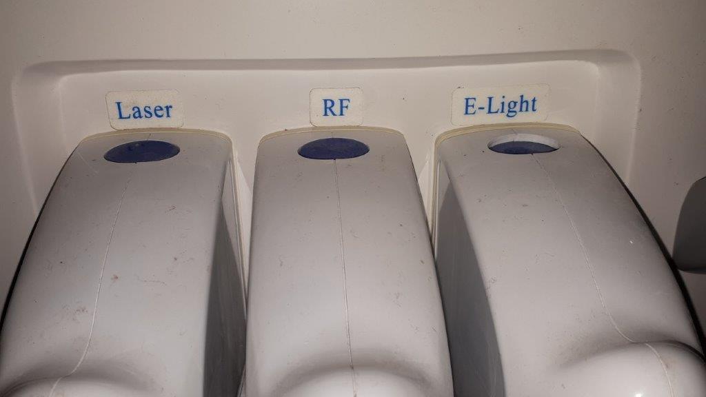 Lot 49 - Laser/RF/E-Light Machine
