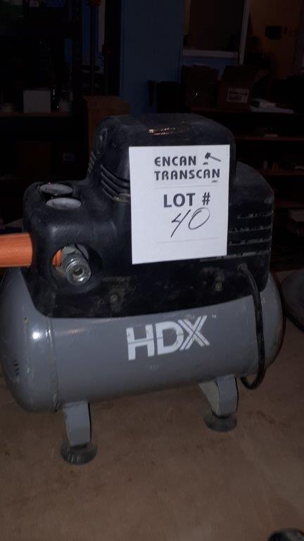 Lot 40 - HDX Air Compressor