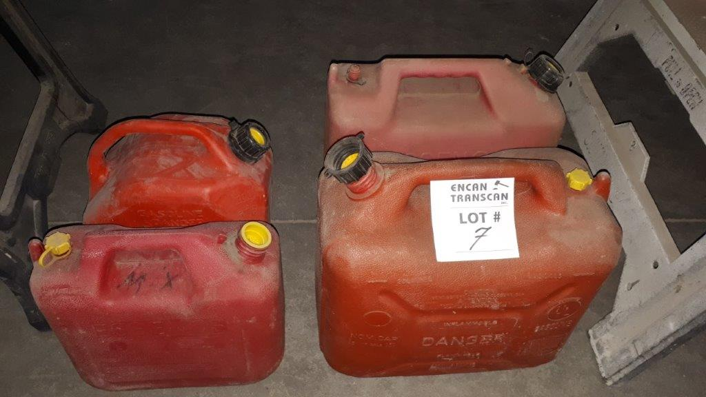 Lot 7 - LOT: (4) Asst. Fuel Containers
