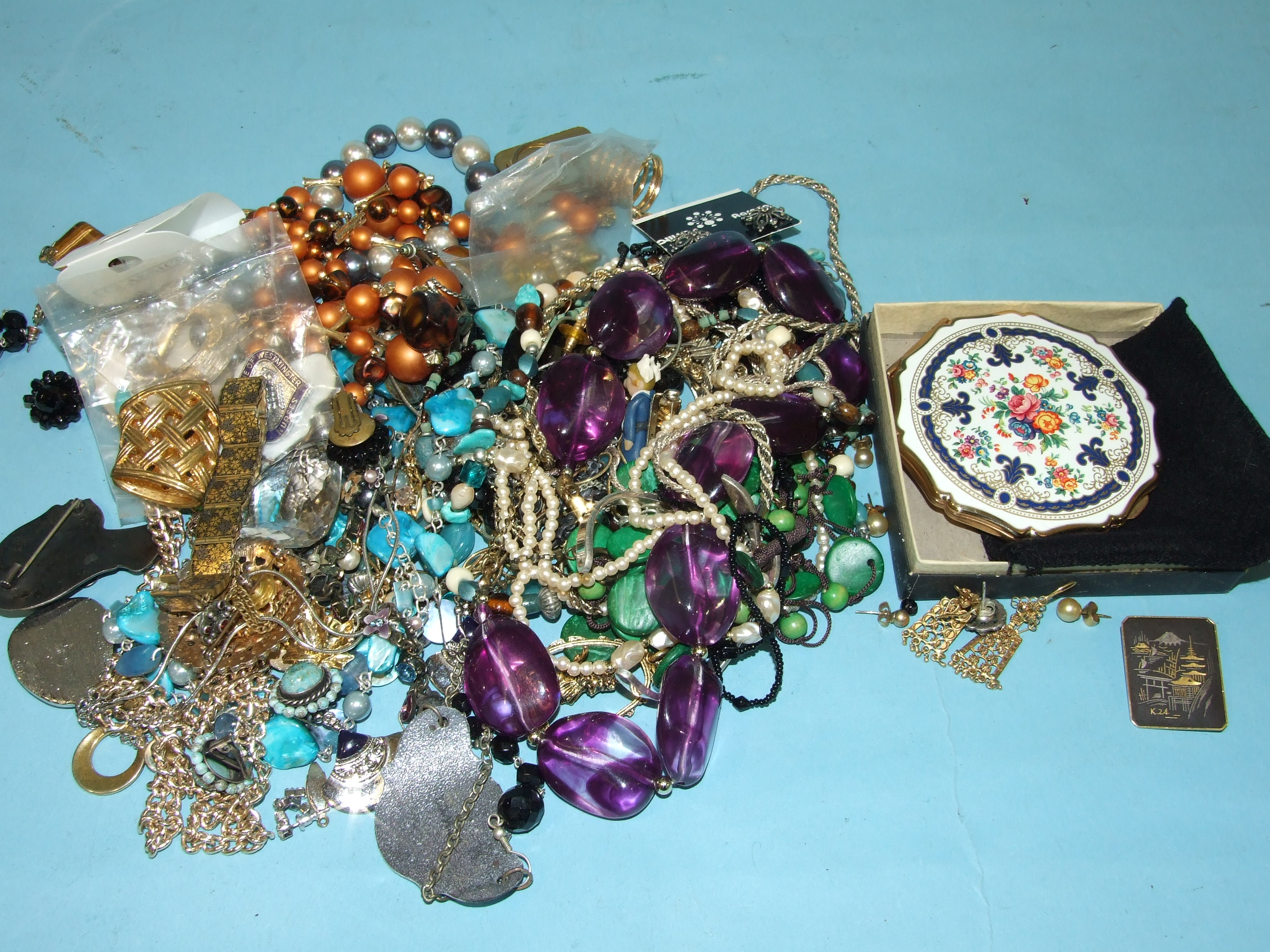 Lot 157 - A collection of costume jewellery.