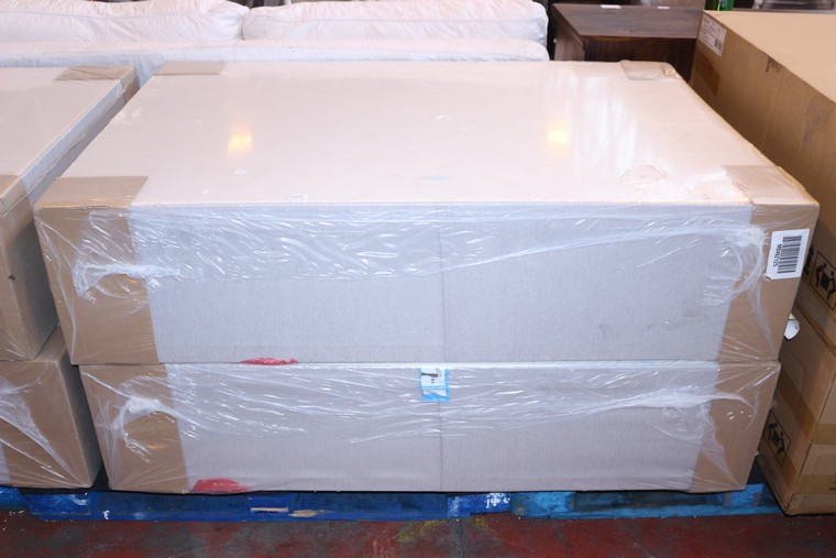 1 x 135x190cm pale grey double divan bed base 80031807 for Grey double divan base