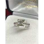 1.82ct PRINCESS CUT DIAMOND RING MARKED 750 ( TESTED AS 18ct GOLD)