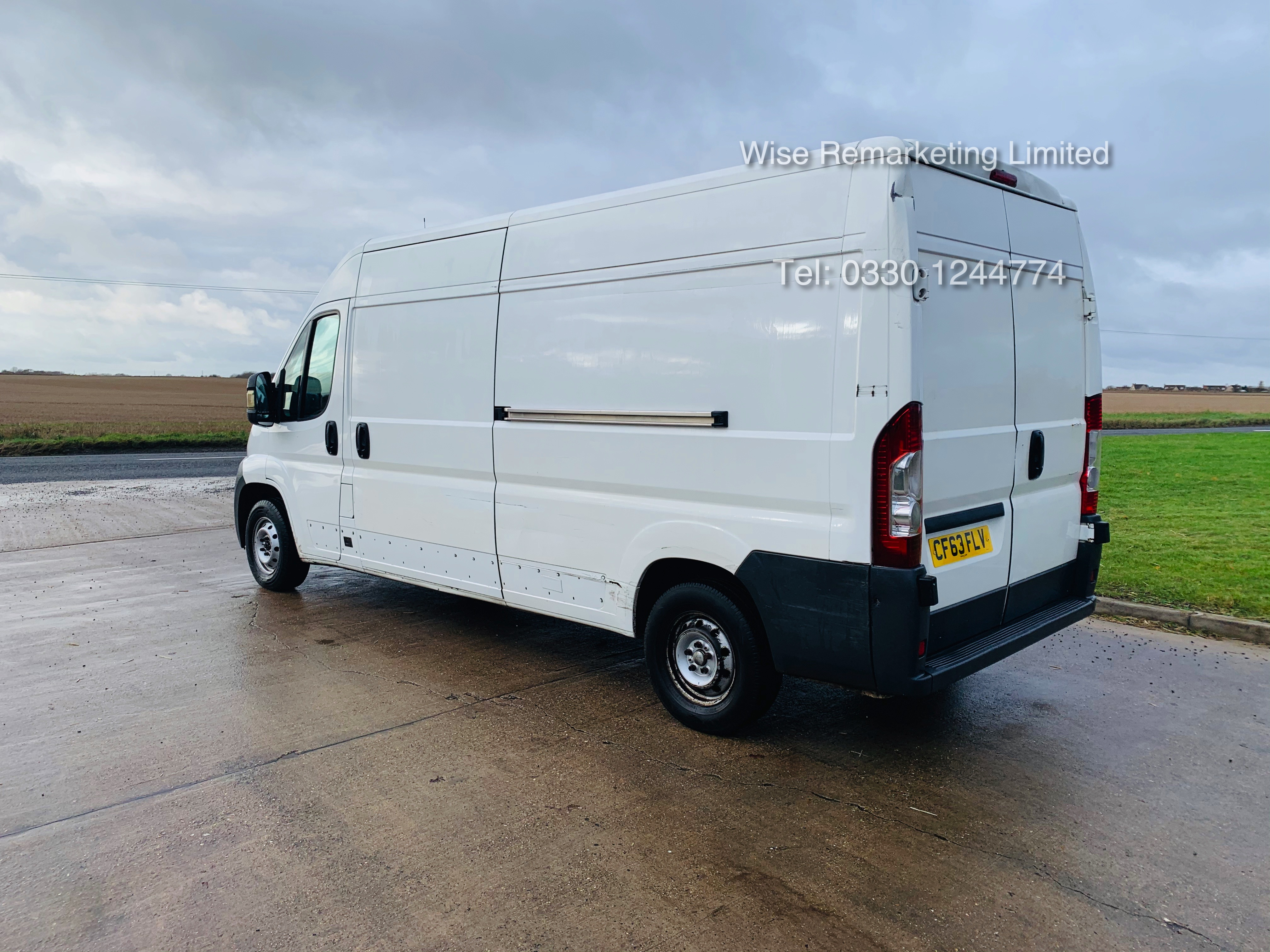 Lot 29 - Peugeot Boxer 335 2.2 HDi (L3H2) 2014 Model - 1 Keeper From New - Long Wheel Base