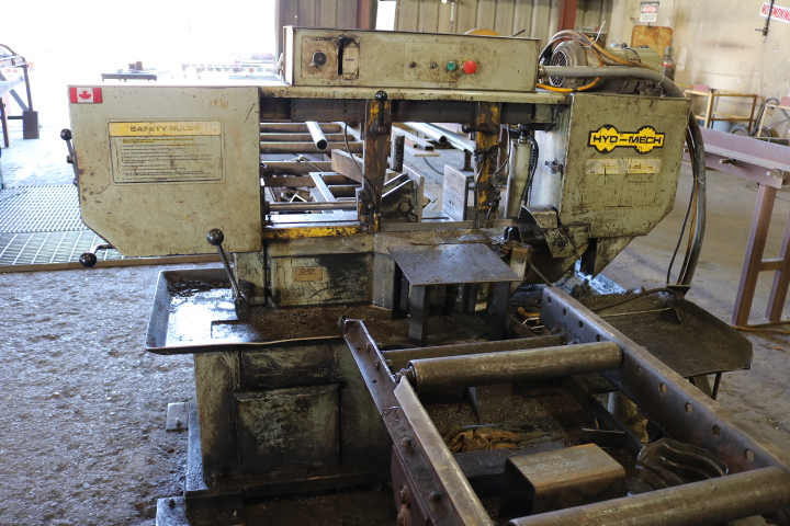Lot 0B - PHOTOS OF MACHINERY, EQUIPMENT, FORKLIFTS, FLATBED TRUCK, STEEL INVENTORY, 27' HALLETT BOAT