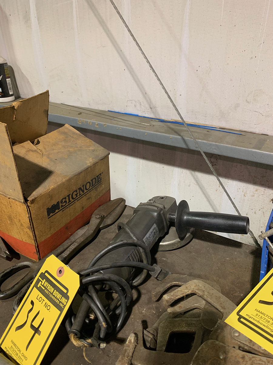 CENTRAL MACHINERY, 4 1/2'' ANGLE GRINDER