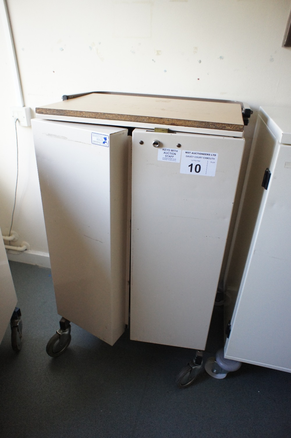 Lot 10 - 1 two door locking drugs/pharmacy trolley (located in room 3, Davey Court)