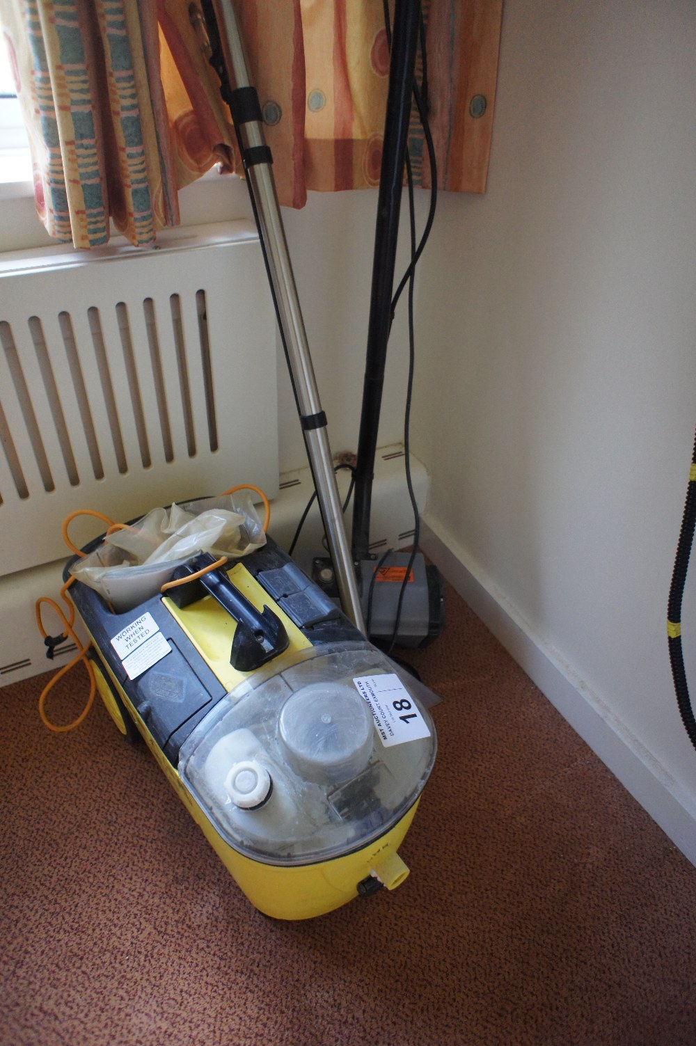 Lot 18 - NB: this is a carpet cleaner not a steam cleaner... 1 Karcher puzzi 200 carpet cleaner