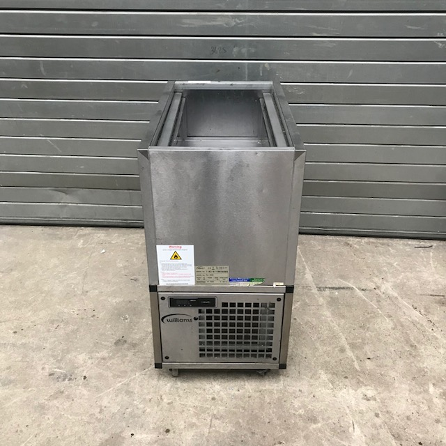 Lot 17 - Williams PW4 R290 Chilled Prep Top The PW4 mobile refrigerated prep well is the perfect solution for