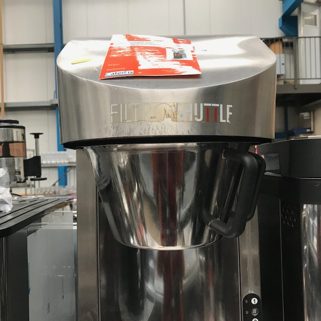 Lot 123 - Marco IILTRO Shuttle Coffee brew system This Brewer can make batches of 2, 4 & 6 Litres of coffee at