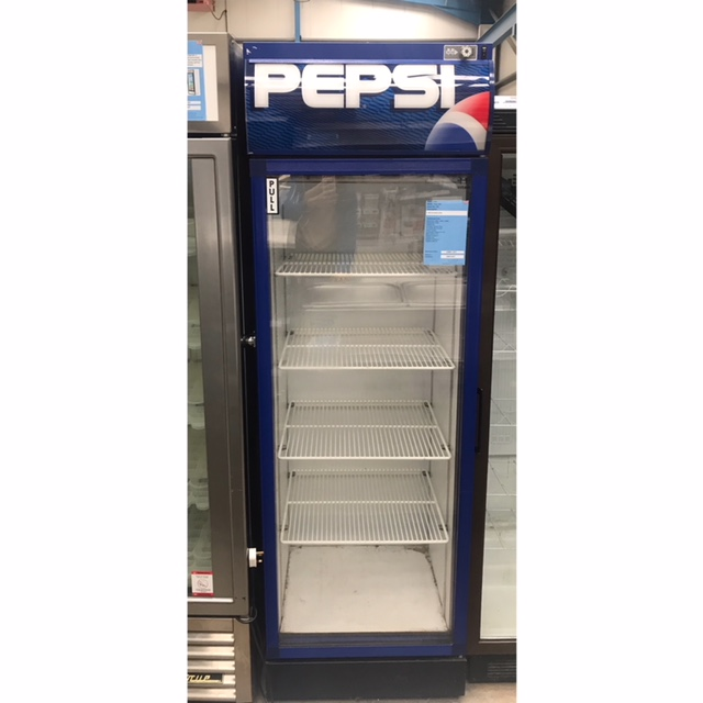 Lot 36 - Titan Titan450 Single door drinks chiller A 500 litre drinks chiller with glass front 630 x 640 x
