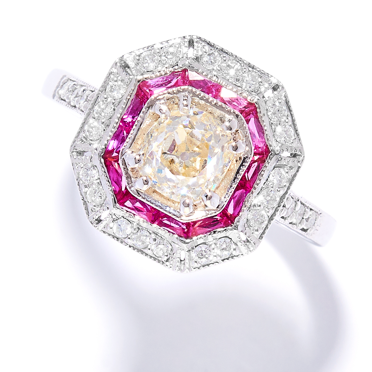 Los 44 - DIAMOND AND RUBY DRESS RING in 18ct white gold, in Art Deco design, set with an old cut diamond of