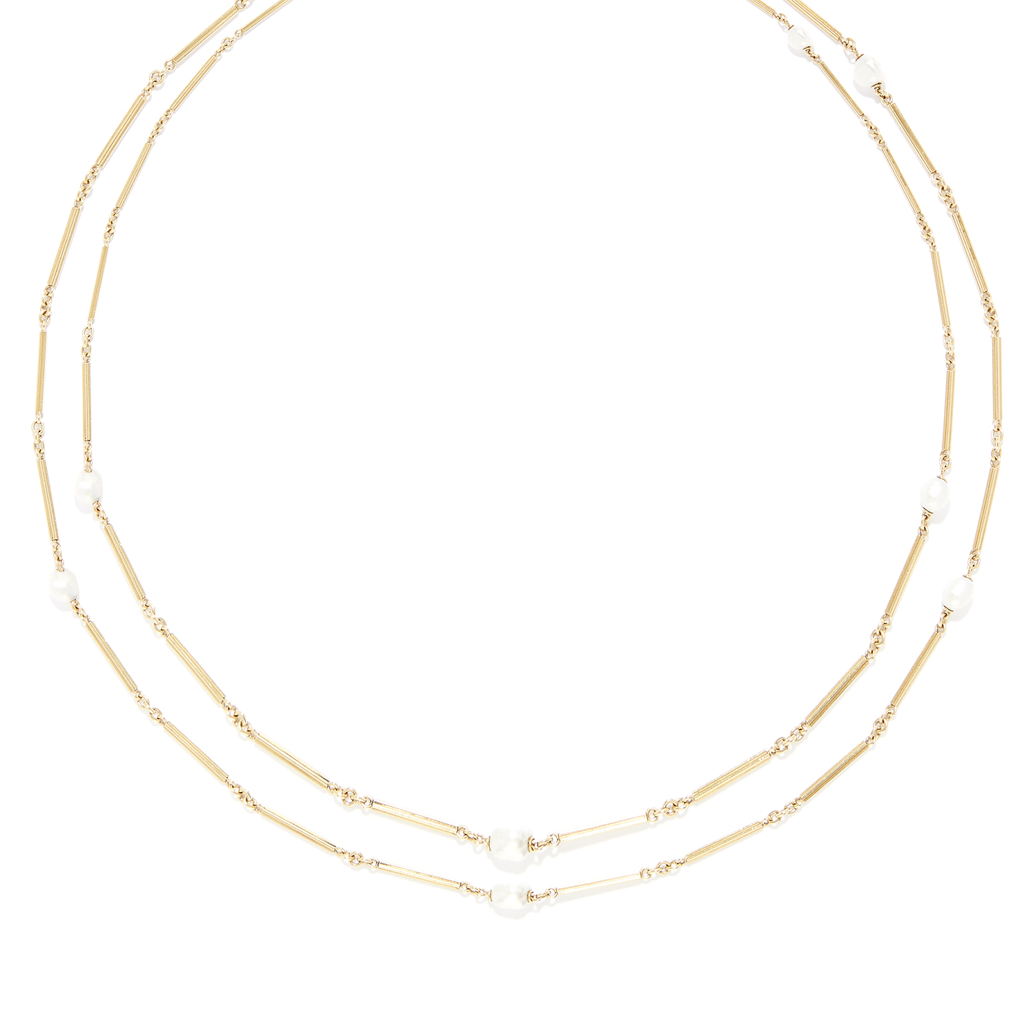 ANTIQUE PEARL LONGCHAIN SAUTOIR NECKLACE in high carat yellow gold, comprising a single row of fancy