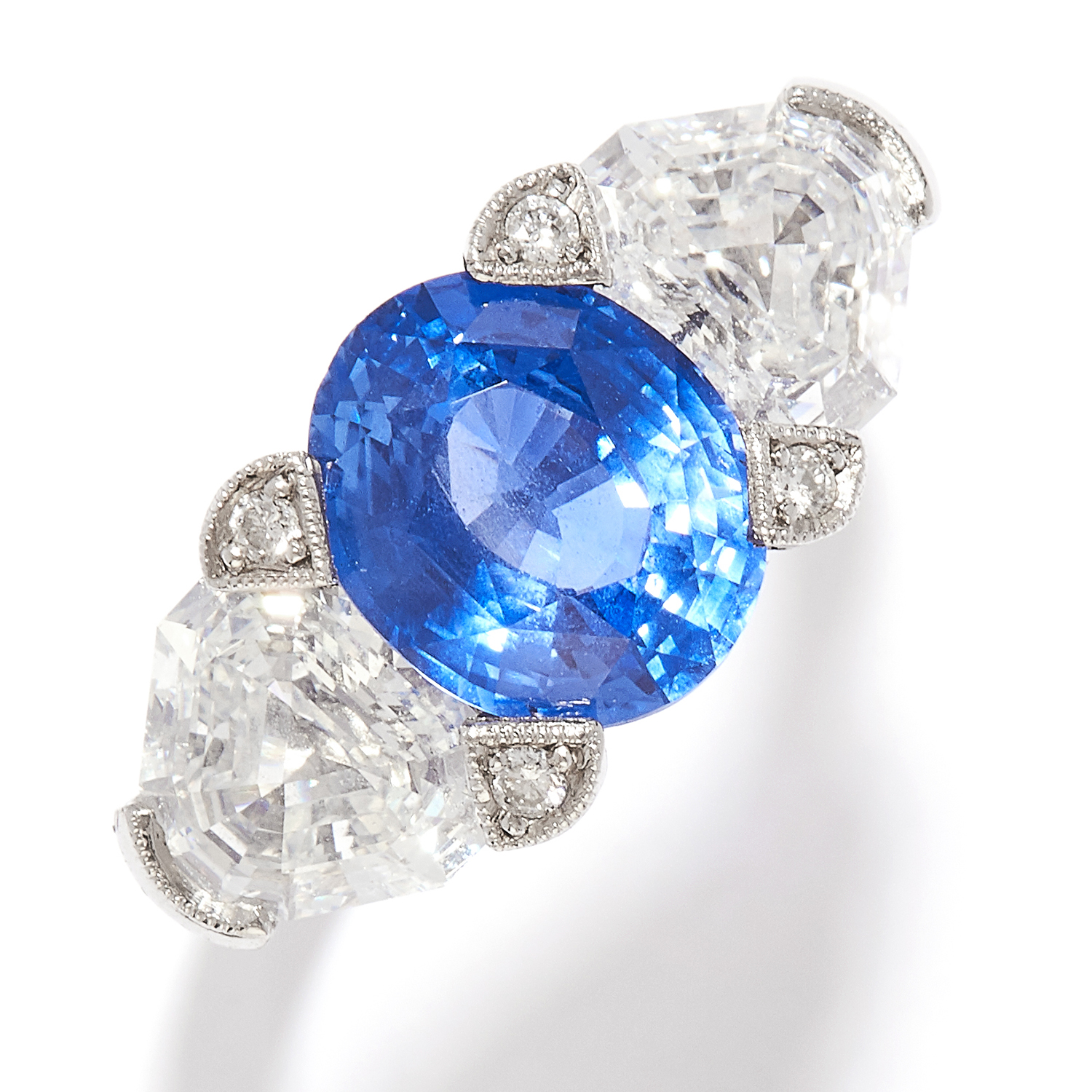 3.80 CEYLON NO HEAT SAPPHIRE AND DIAMOND RING in platinum, the oval cut sapphire of 3.80 carats