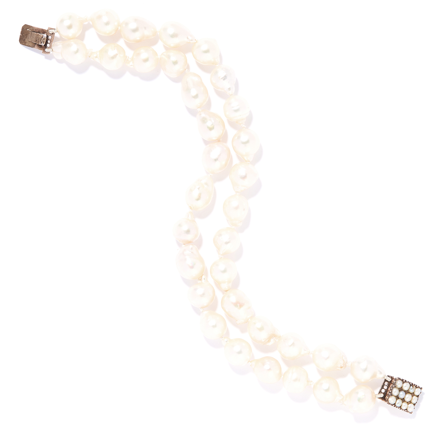 ANTIQUE TWO STRAND PEARL BEAD BRACELET in yellow gold, comprising of two rows of baroque pearls on a