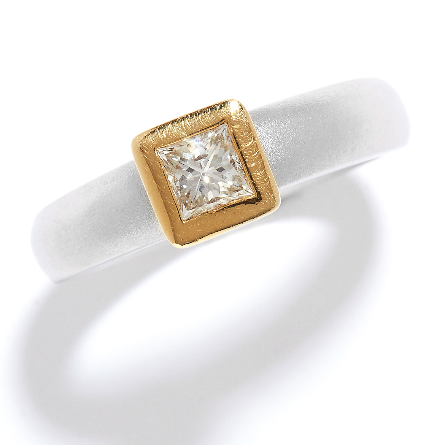 SOLITAIRE DIAMOND ENGAGEMENT RING in 18ct yellow gold and platinum, the princess cut diamond in a