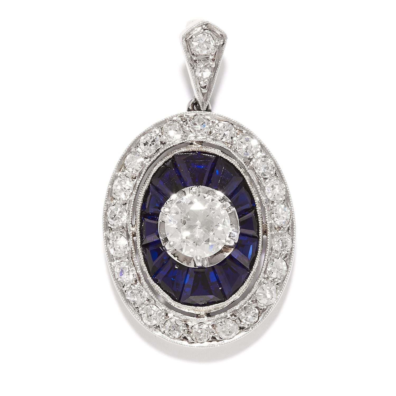 Los 22 - DIAMOND AND SAPPHIRE PENDANT in platinum, the central round cut diamond of 0.50 carats within