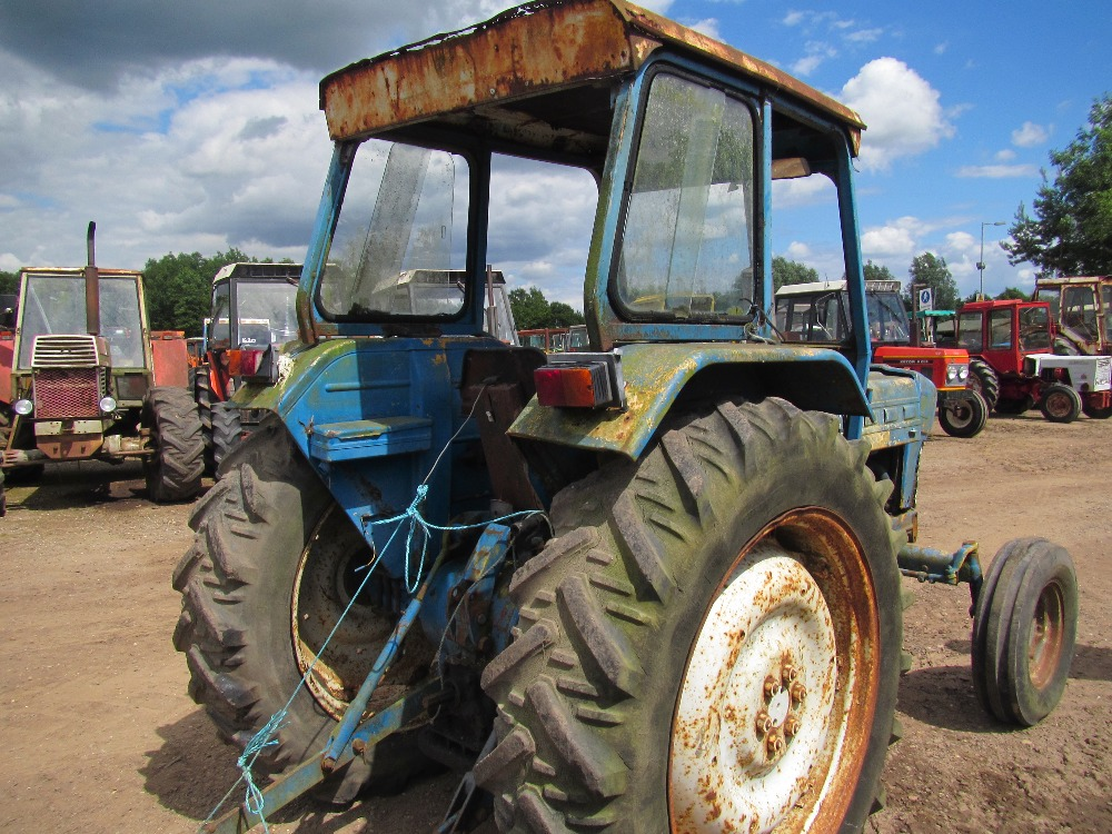 Ford 3 Cyl Diesel : Ford preforce wd tractor with cylinder diesel