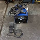 Tig 200 AC/DC Tig Welding Unit. Max 200 AMP. With Tig Torch & Foot Control. Single Phase / 240 Volt.