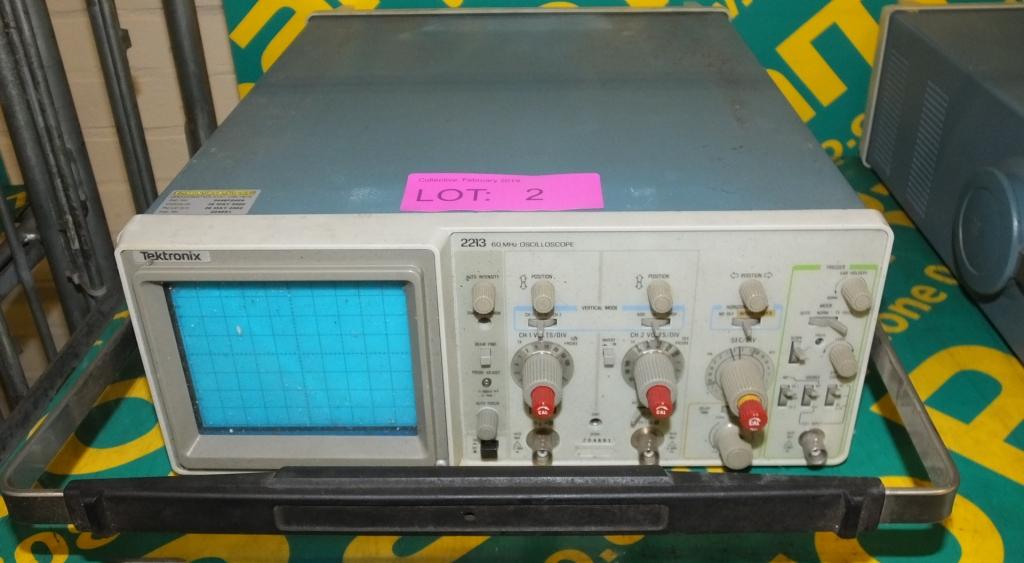 Lot 2 - Tektronix 2213 60MHZ Oscilloscope (as spares)