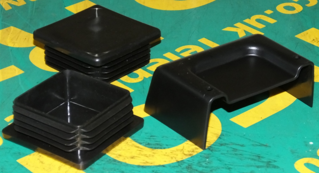 Lot 31 - Mercedes Plastic Covers - including A 670 889 01 40