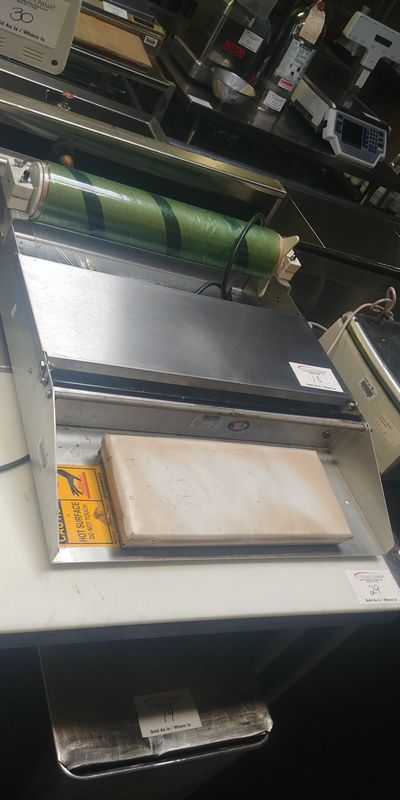 Lot 18 - Heat Seal Wrapping Station