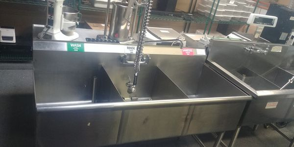 Lot 42 - 3 Compartment Stainless Steel Sink with Wash Wand