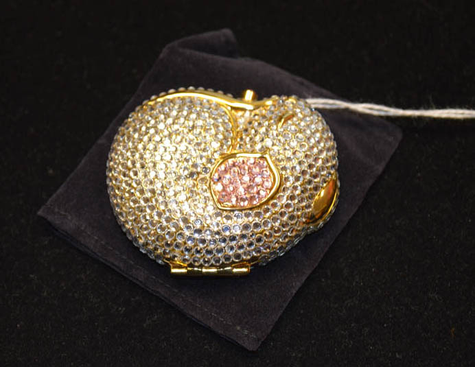 Lot 248 - A Harrods Estee Lauder 'Country Mouse' Solid Perfume Compact
