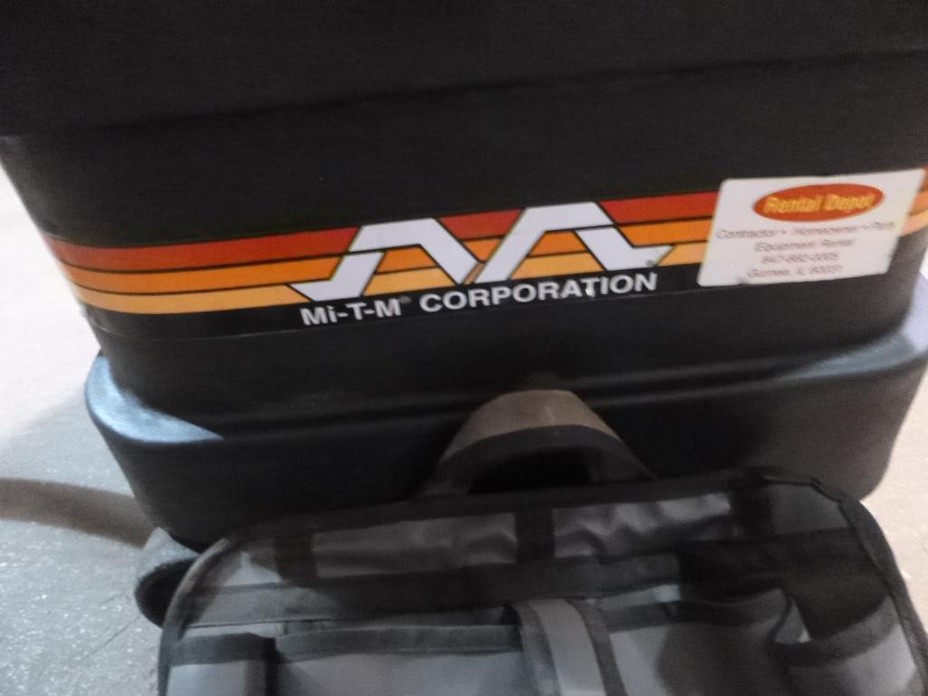 Lot 500 - MI-T-M MV 1800 OMEV Heavy Duty Wet/Dry Vacuum