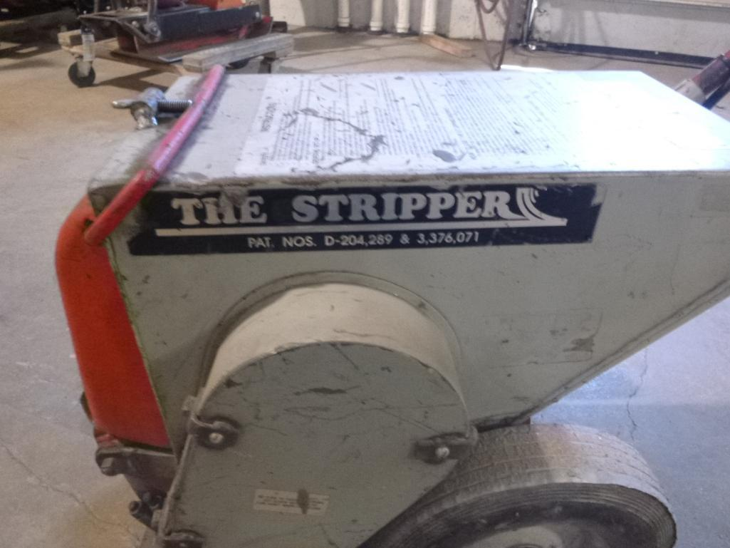 Lot 518 - Floor Tile/Carpet Stripper