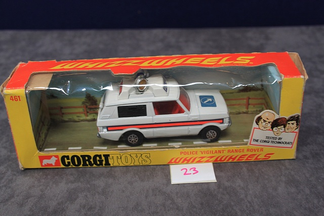 Corgi Whizzwheels Diecast Number 461 Police 'Vigilant' Range Rover With Excellent Box - Image 2 of 3