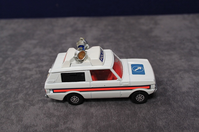 Corgi Whizzwheels Diecast Number 461 Police 'Vigilant' Range Rover With Excellent Box