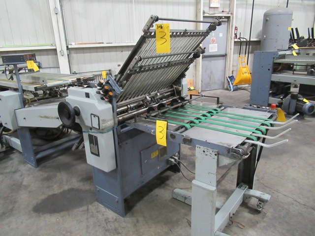 "Lot 3 - STAHL TFU78/444-RF-2 30"" CONTINUOUS FEED FOLDER S/N 40307-167154 W/8 & 16 PG. SECTIONS, 4/4/4 ZERO"
