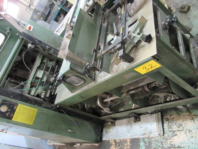 "Lot 32 - MULLER MARTINI 3670 3-KNIFE TRIMMER W/10"" X 13'6"" BELT CONVEYOR, S/N 99.1921G"