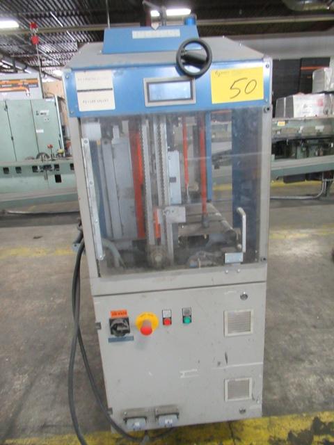 Lot 50 - SCHNEIDER-SAMUEL NT-440 AUTO PLASTIC BANDING MACHINE, S/N 4515