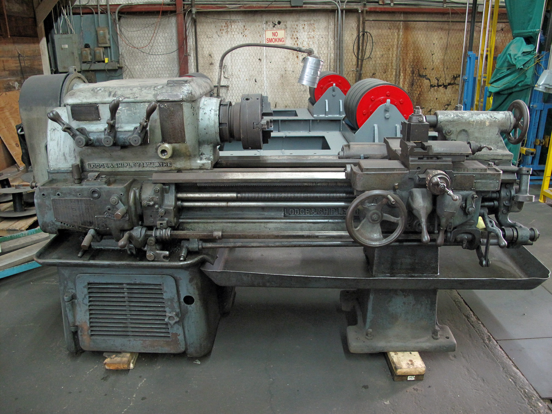 engine lathe lodge shipley 14 x 30 10 over crosslide spds rh bidspotter com lodge & shipley lathe parts Lodge and Shipley Lathe Parts