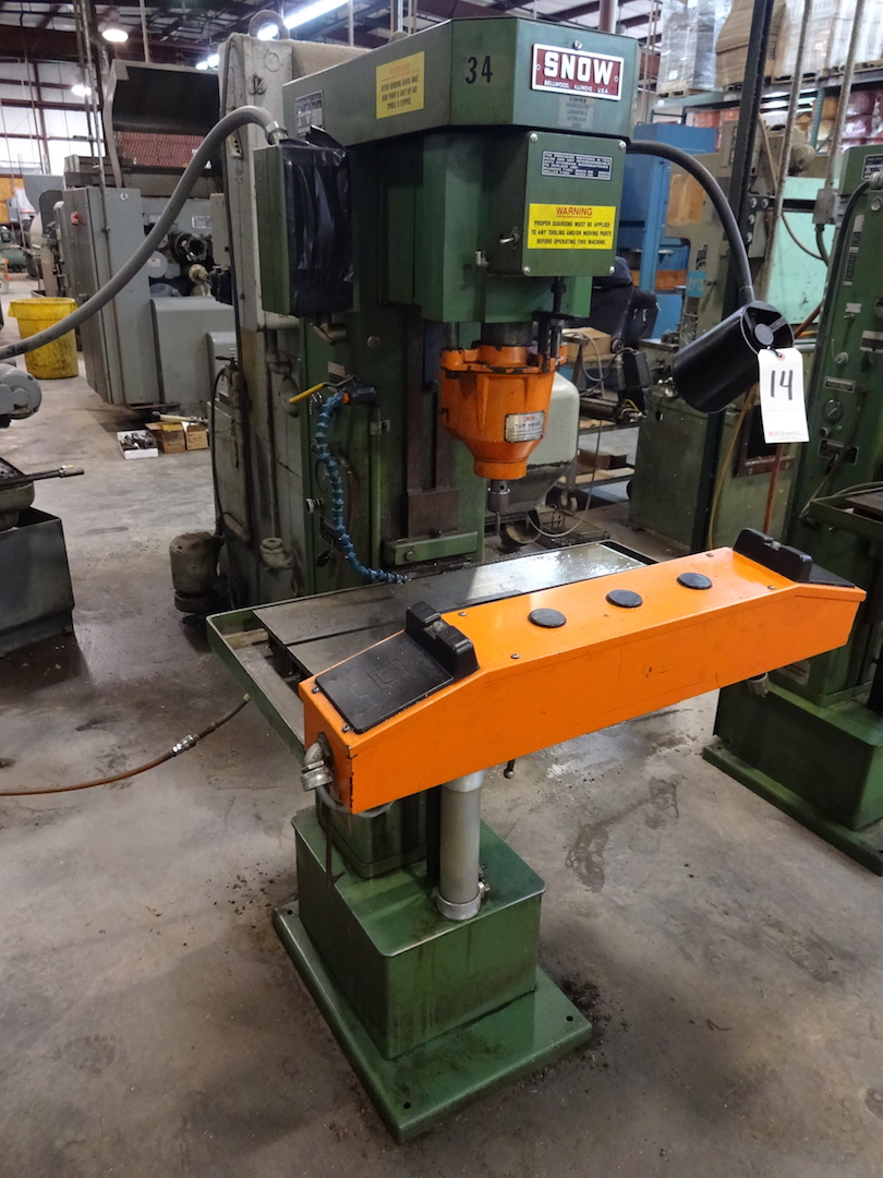 Lot 14 - Snow Model DR2 Tapping Machine, S/N M43005-695, 1/2 HP, 635-3450 RPM