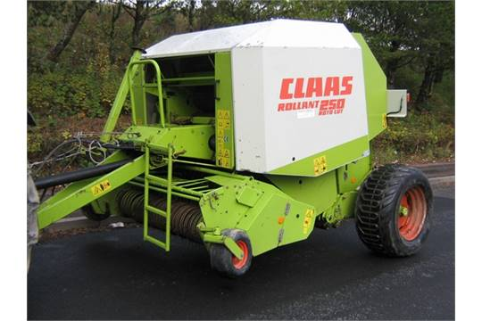 2000 Claas 250 Rollant Roto Cut Round Baler with Net Wrap or