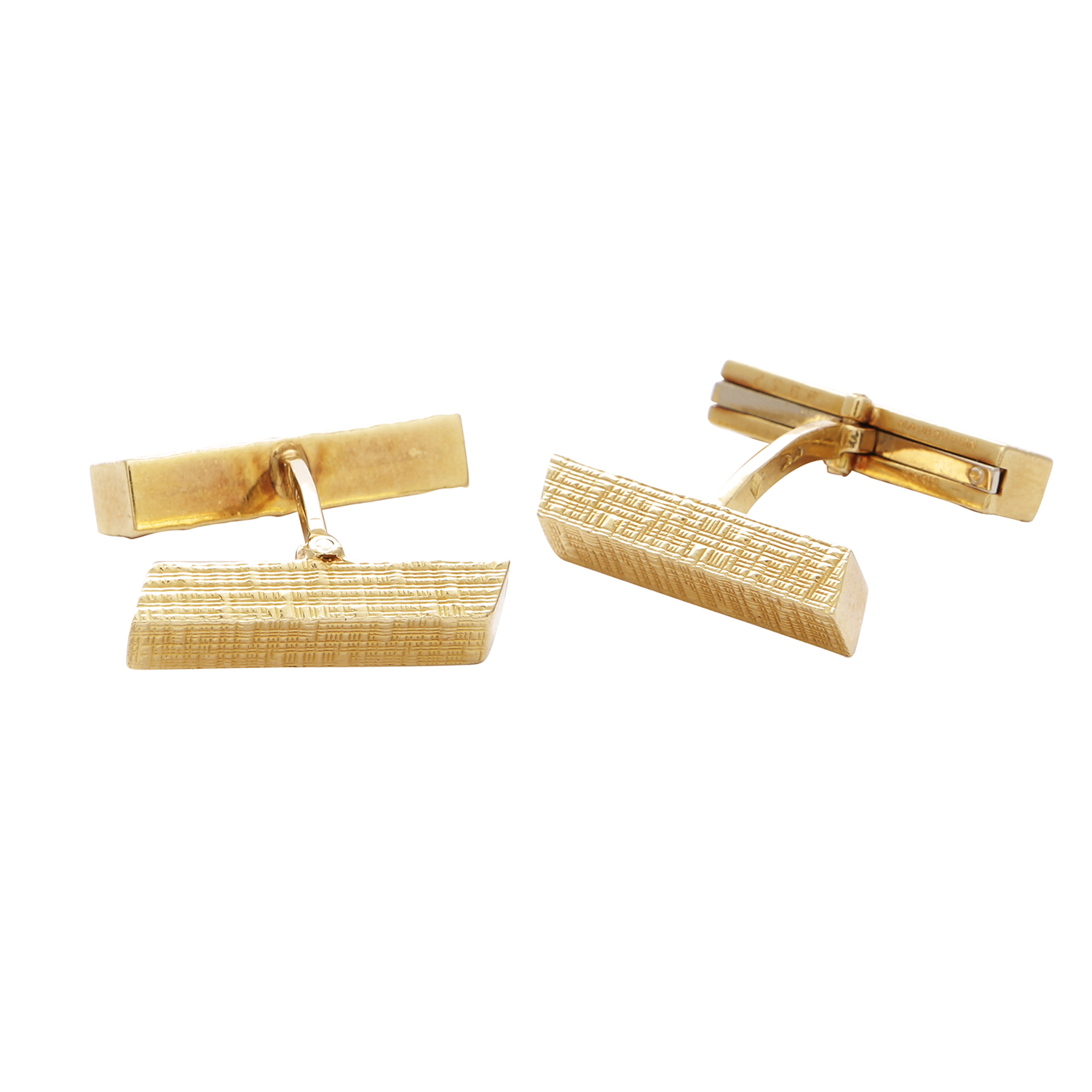 Los 4 - A PAIR OF VINTAGE CUFFLINKS in 18ct yellow gold, each formed of two textured batons, French assay