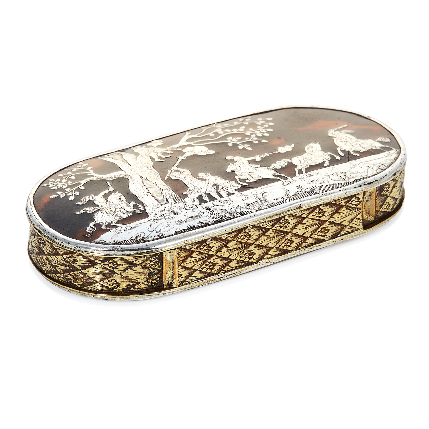 AN ANTIQUE TORTOISESHELL SNUFF BOX, 19TH CENTURY in silver, the oval body with tortoiseshell lid and
