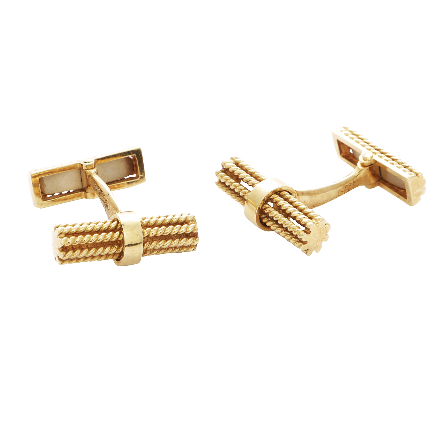 A PAIR OF VINTAGE CUFFLINKS in 18ct yellow gold, each formed of two ropetwist batons, signed