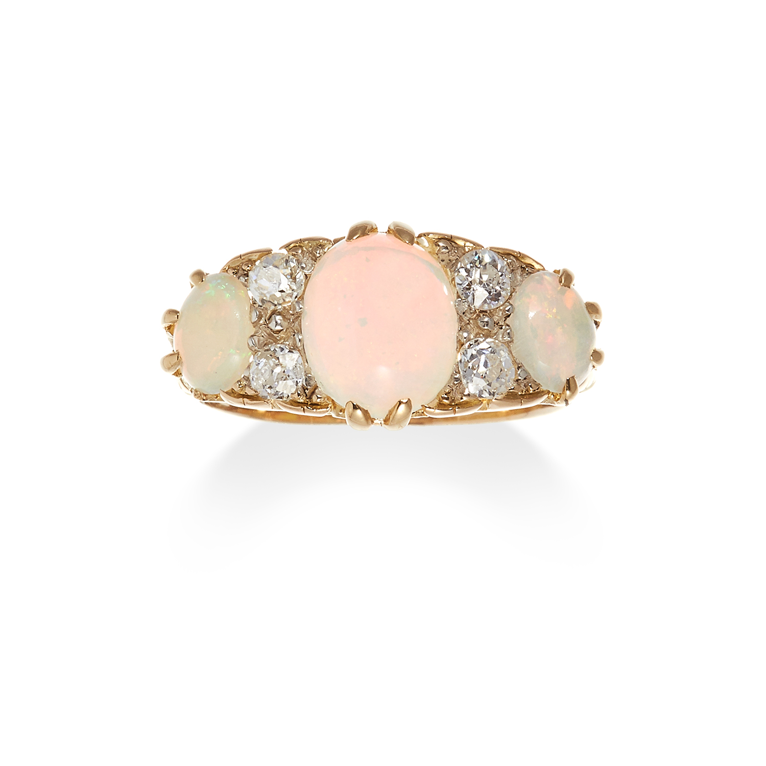 Los 36 - AN ANTIQUE OPAL AND DIAMOND RING in 18ct yellow gold, set with a trio of graduated oval cabochon