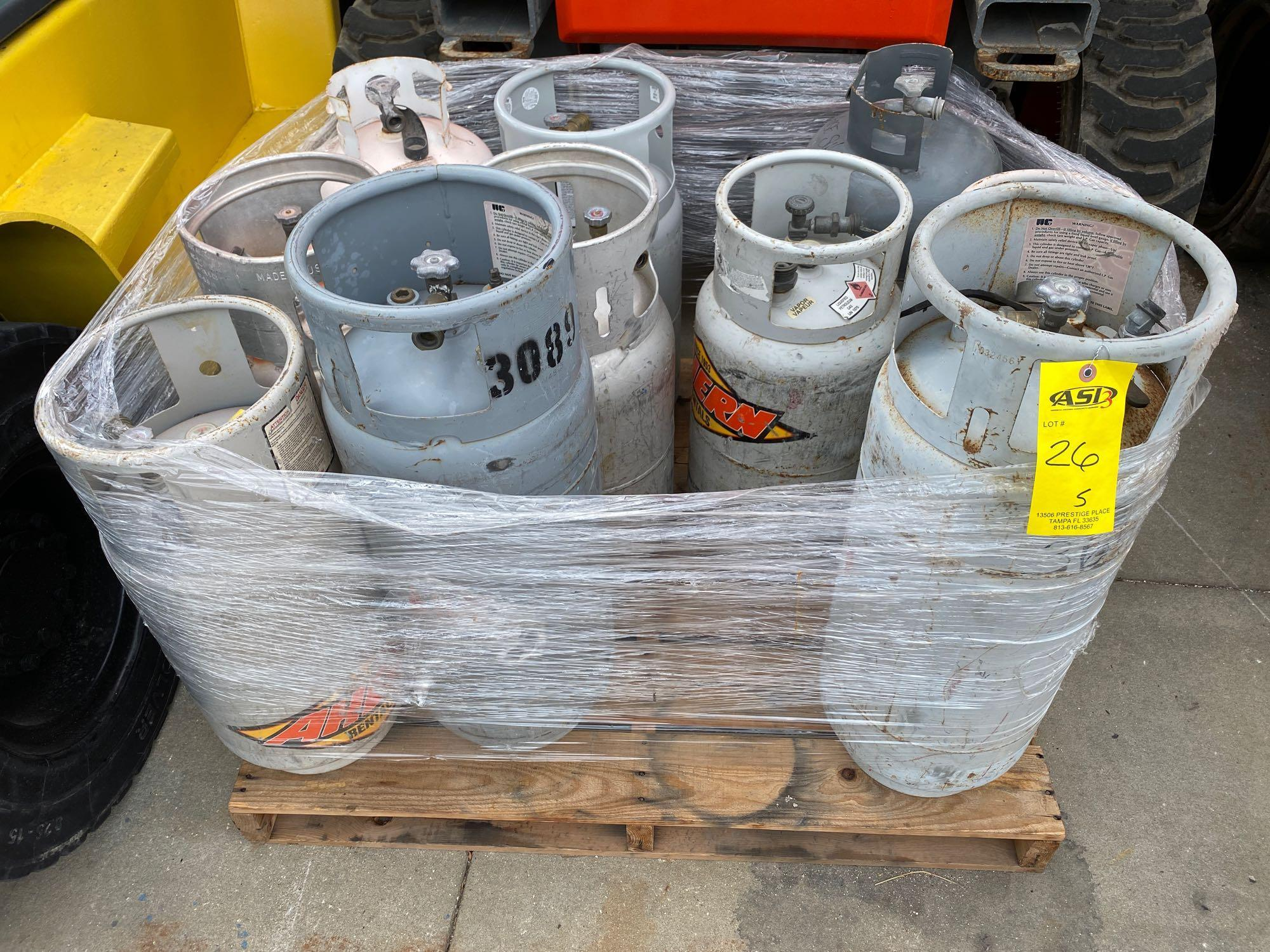 PALLET OF PROPANE TANKS, ALUMINUM AND STEEL - Image 4 of 5