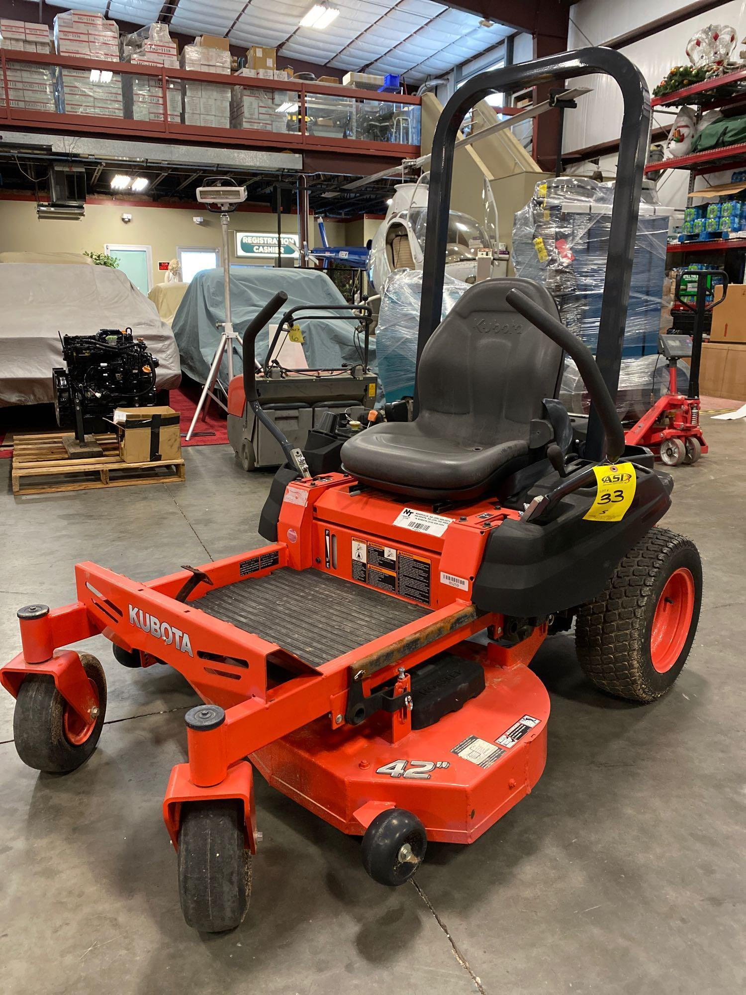 """2016 KUBOTA Z122RKW 42"""" RIDE ON MOWER, 3.9 HOURS SHOWING, RUNS AND OPERATES"""