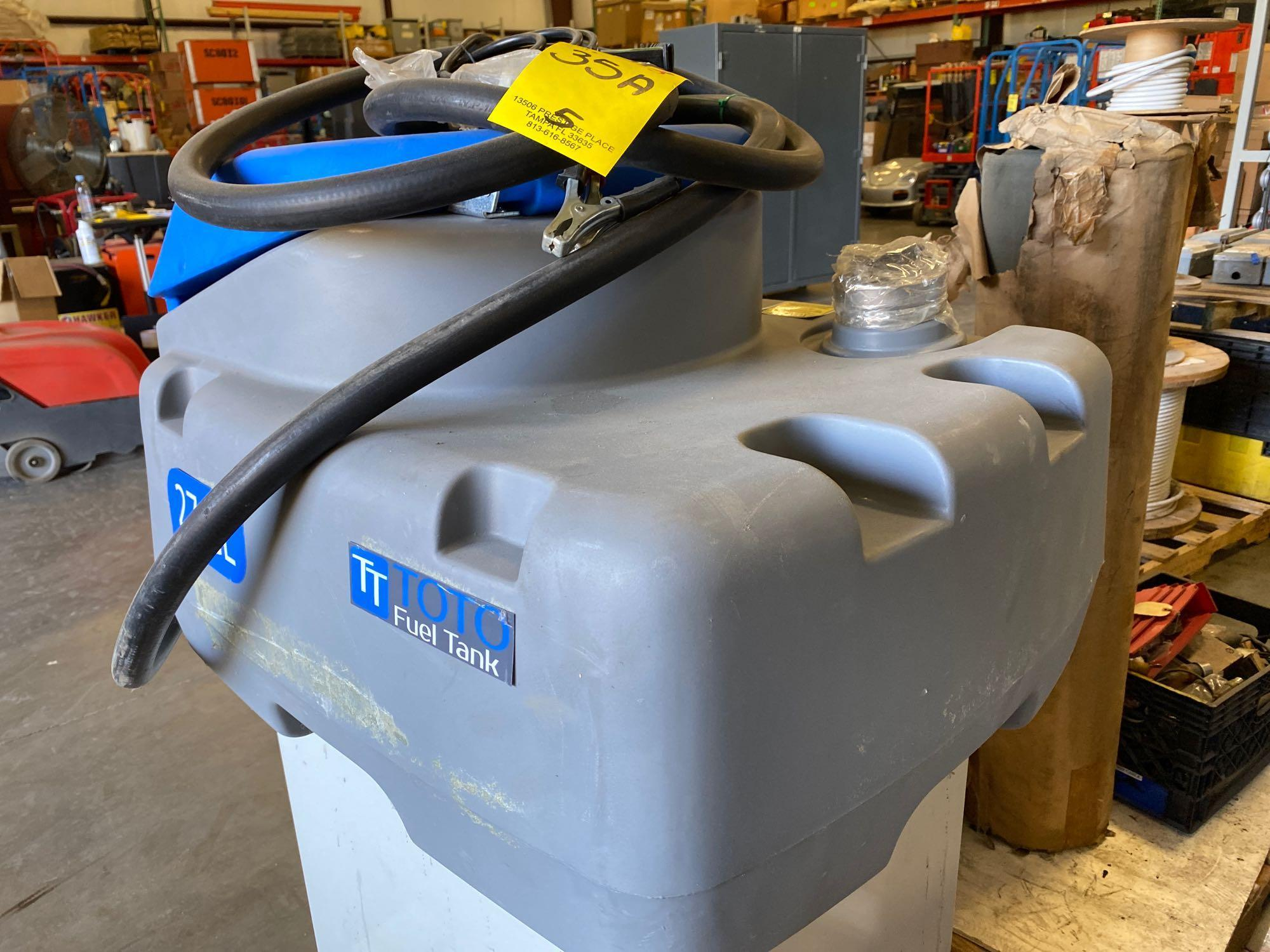 UNUSED TOTO 27 GALLON FUEL TANK WITH 12V PUMP - Image 5 of 6