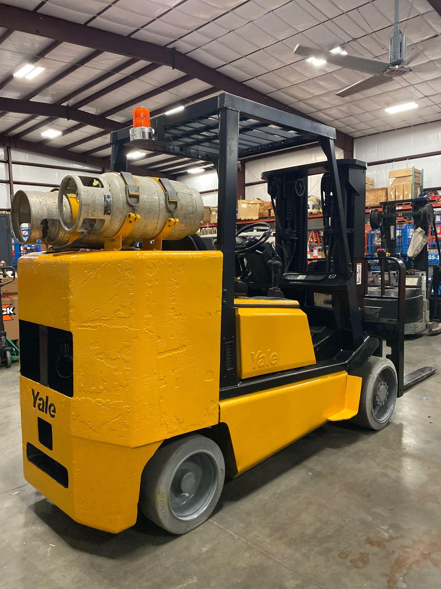 YALE LP FORKLIFT MODEL CLC120, APPROX. 12,000 LB CAPACITY, TILT, SIDE SHIFT, RUNS AND OPERATES - Image 6 of 10