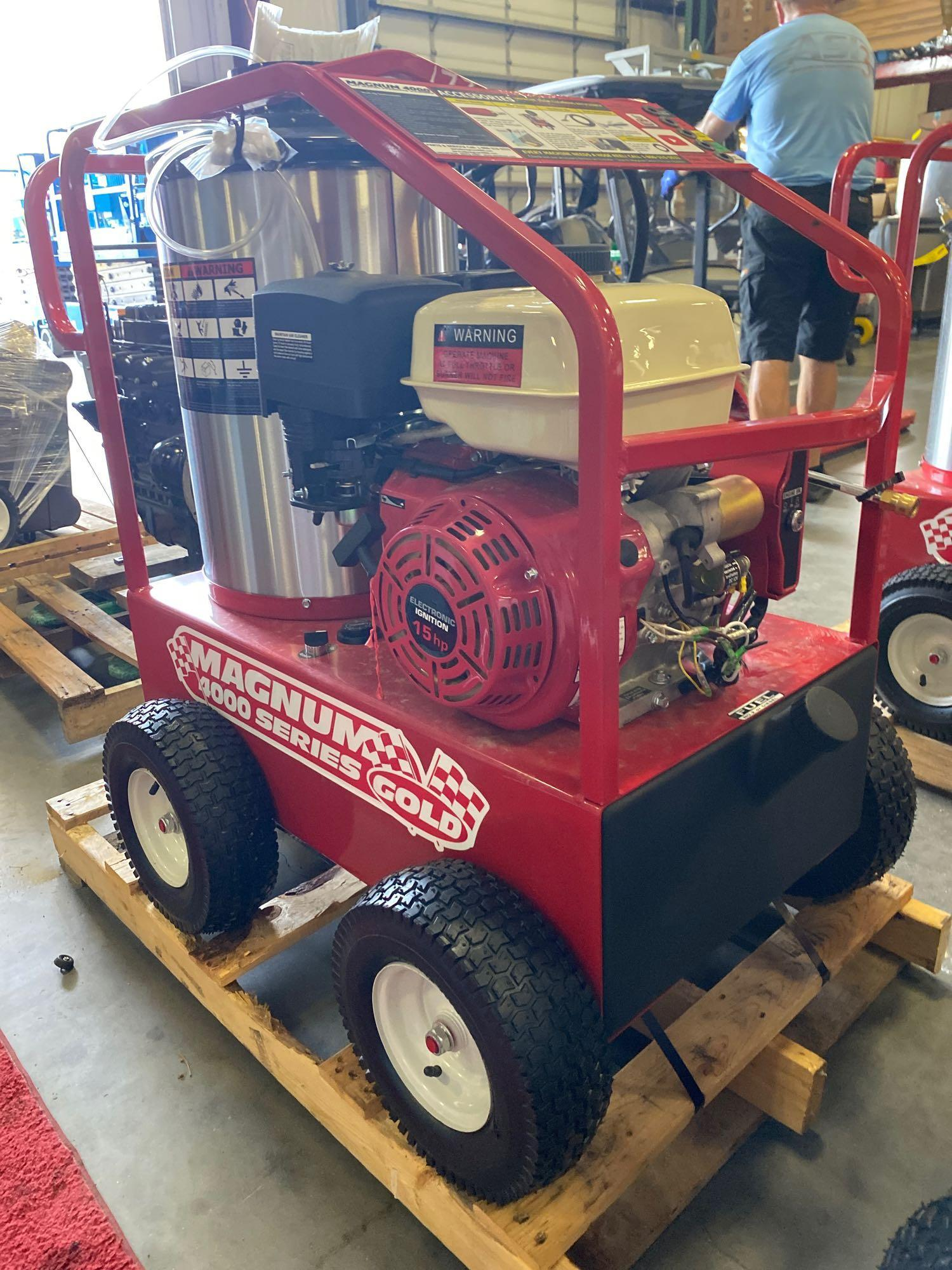 NEW/UNUSED 2020 MAGNUM 4000 HEATED PRESSURE WASHER, ELECTRIC START - Image 5 of 5